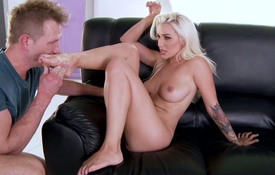 Big fuck ladyboy pics ts shemale ass