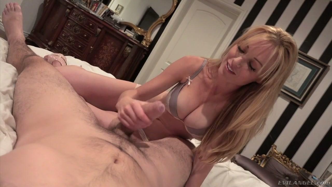 fake Olivia porn munn