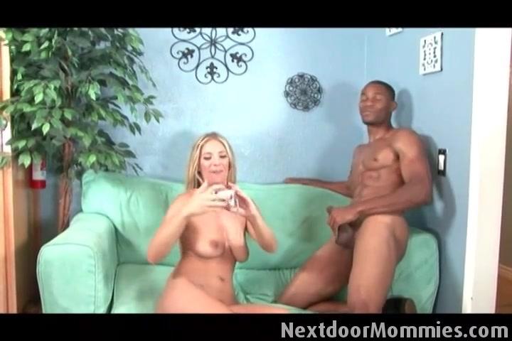 seins les ejaculation sur
