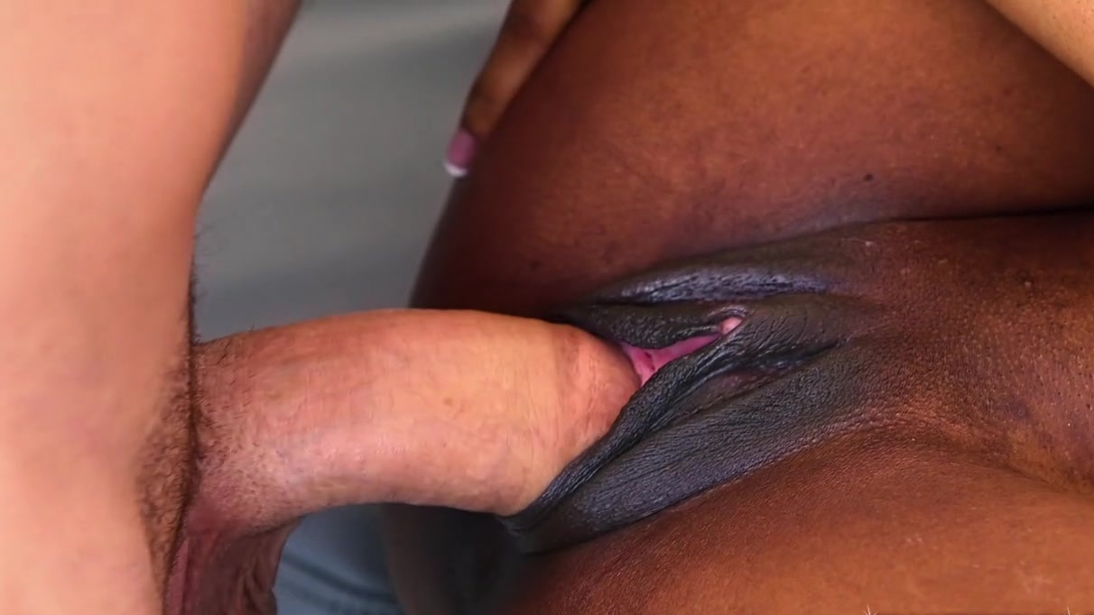 penis Big shaved mature fucking virgina