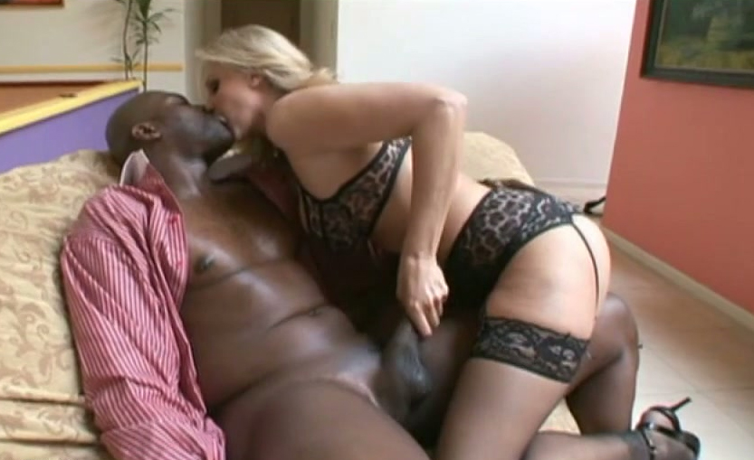 XXX shemale BBW Black