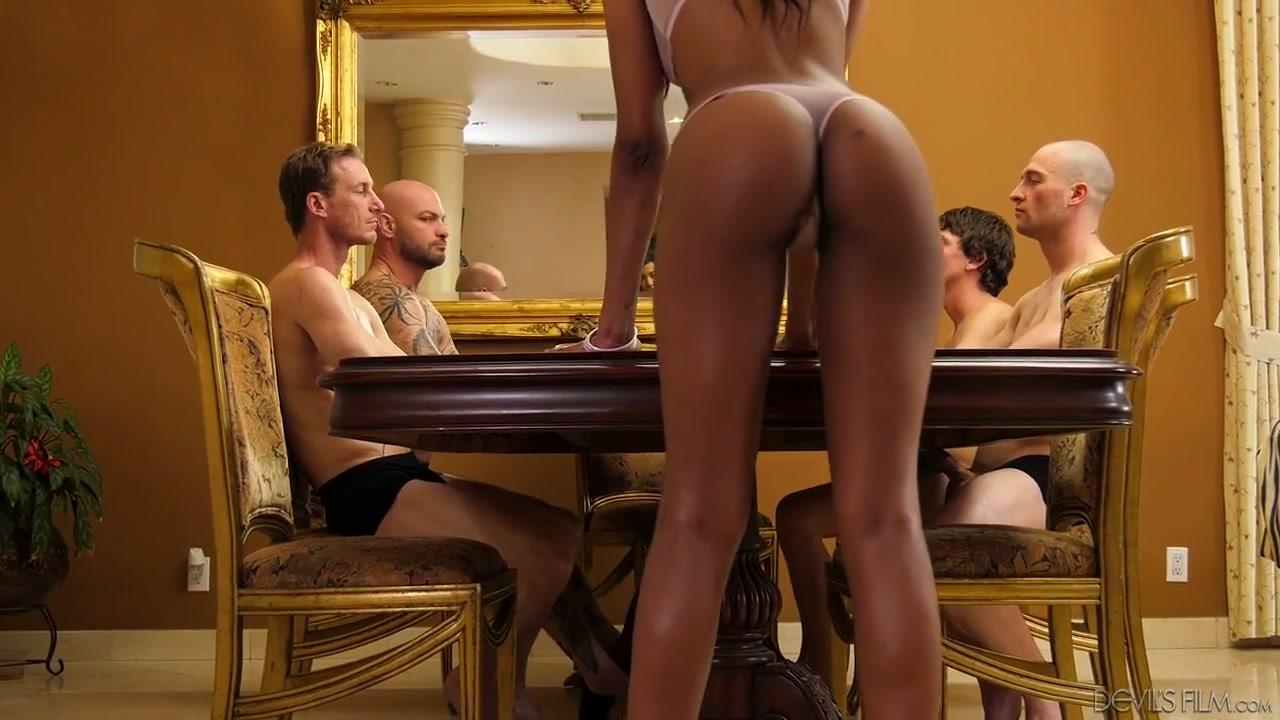 nude Cloris leachman
