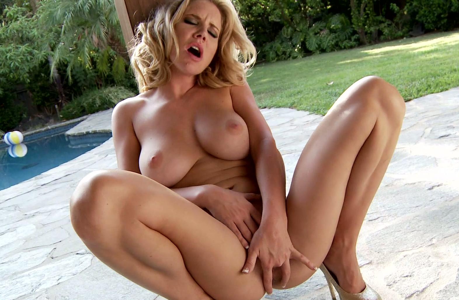 wife Mature motel blonde
