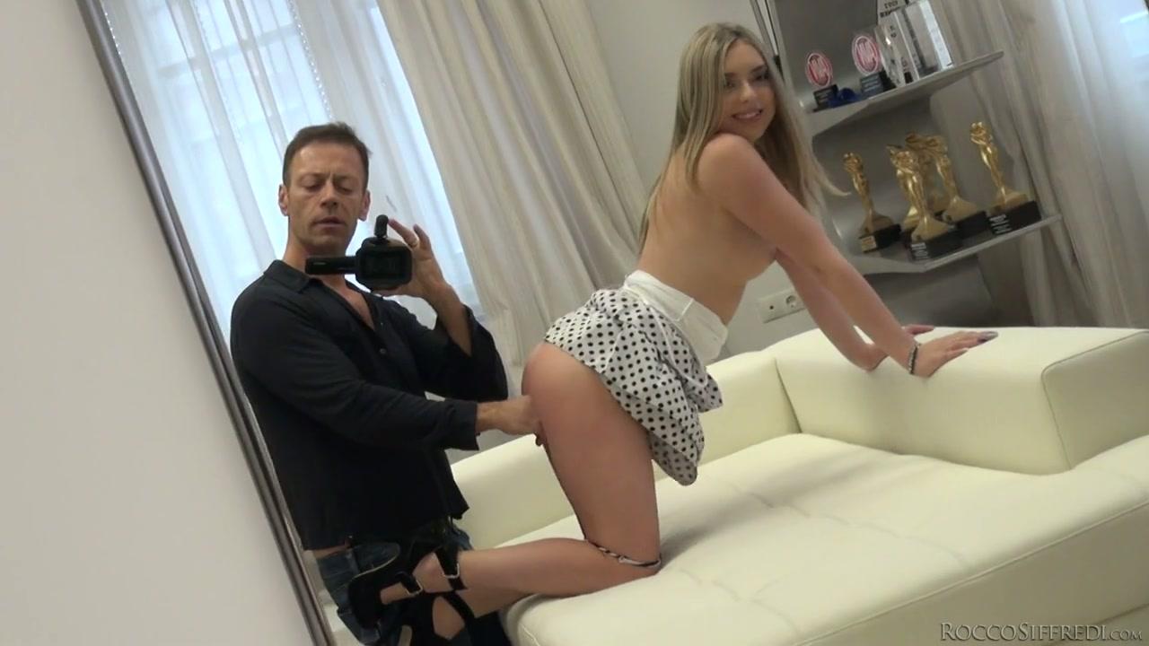 mature wife flashing Big tit