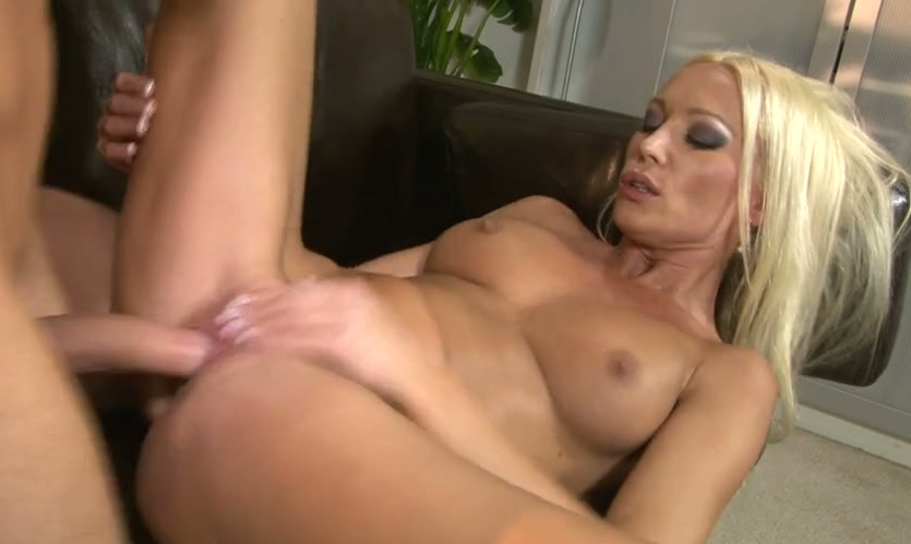 stars Flexing muscle porn