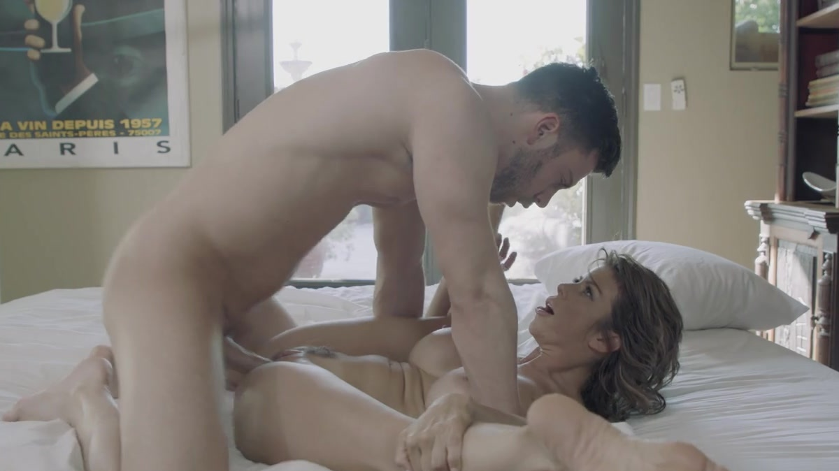 for playboy Tara reid nude