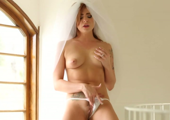 blonde nude tabitha Hot