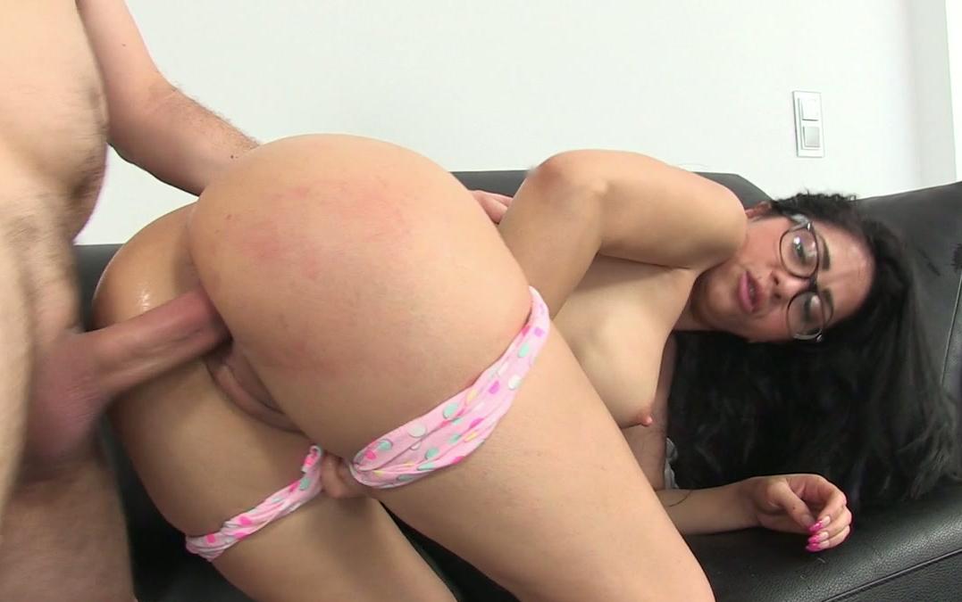nude ebony lesbian