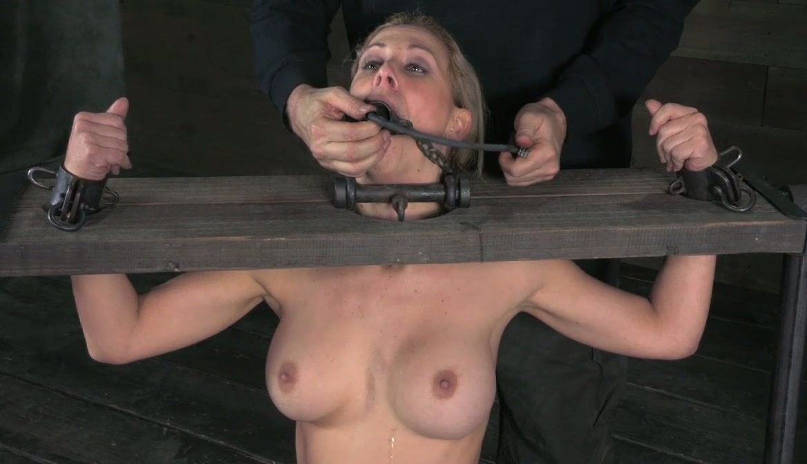 marie Twistys nude chrissy