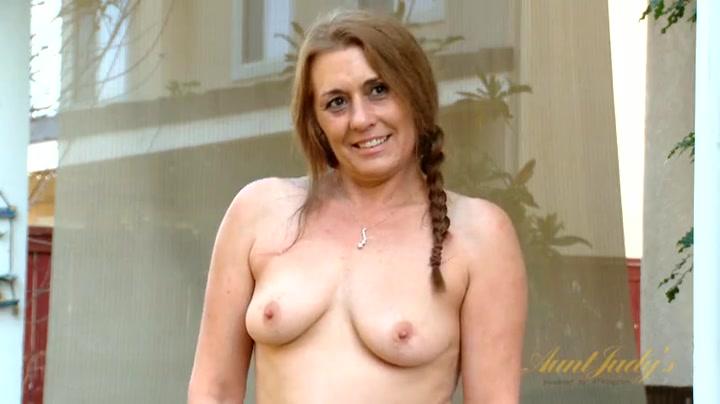 johansson fully nude Scarlett