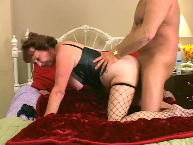 her hairy pussy Fucking