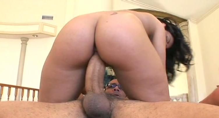 karina nude pics Saffi
